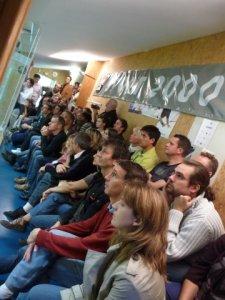 Le public, passionné par la finale.